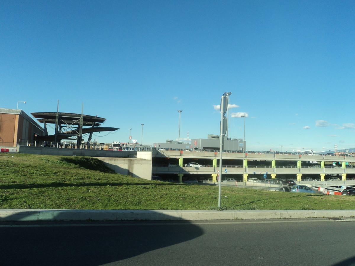 Punto anagrafico al centro commerciale roma est for Centro convenienza arredi roma est